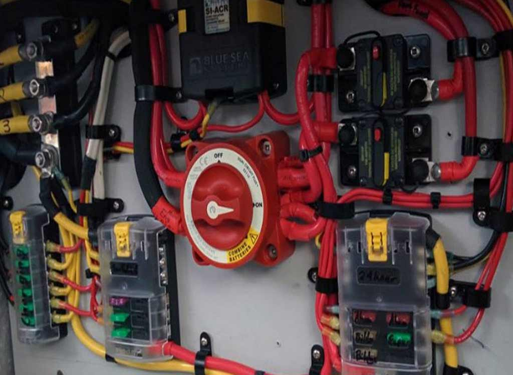 Turkey yacht services electrical and electronic maintenance